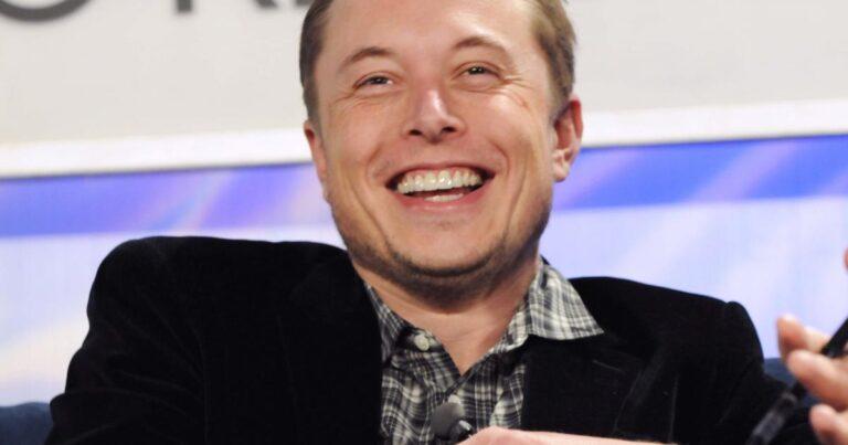 Tesla Motors, Inc. (NASDAQ:TSLA), Microsoft Corporation (NASDAQ:MSFT) – Using Elon Musk's Name, Bitcoin Scammers Make Away With $580,000 In A Week