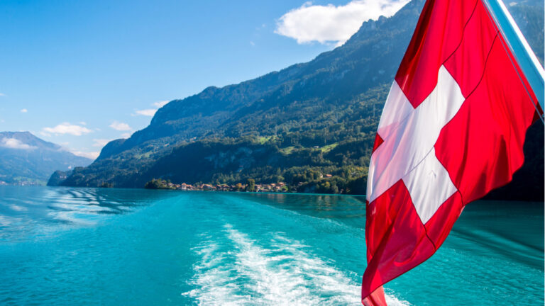 Swiss Companies Issue First Tokenized Asset for Trading Under New National Blockchain Rules – Blockchain Bitcoin News