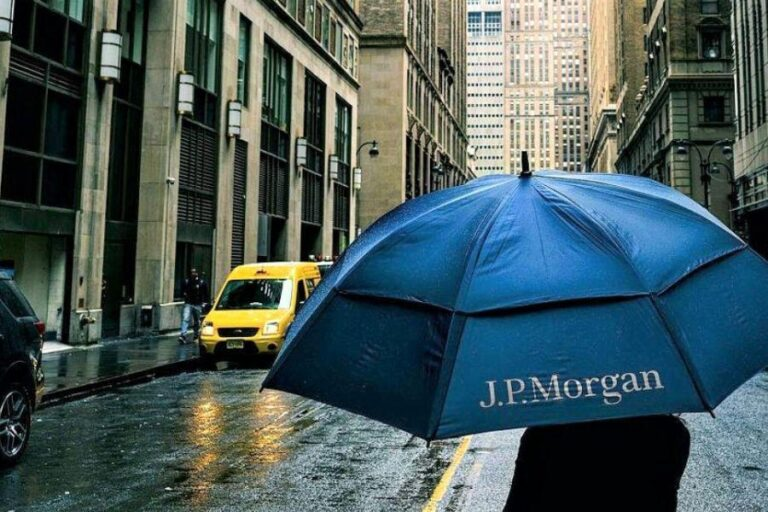 Bitcoin Is a Sideshow & a Poor Hedge, but It's Mainstream – JPMorgan
