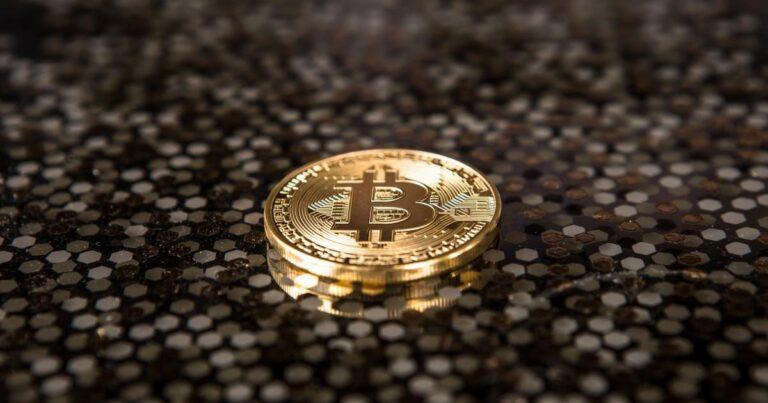 ($BTC), PayPal Holdings (NASDAQ:PYPL) – Global Crypto Adoption Crosses 100M Users: Report
