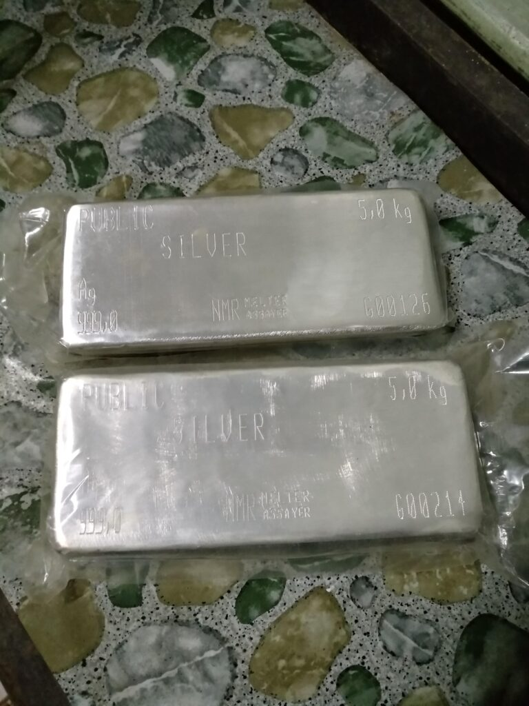 From Malaysia, first time buying this metal..