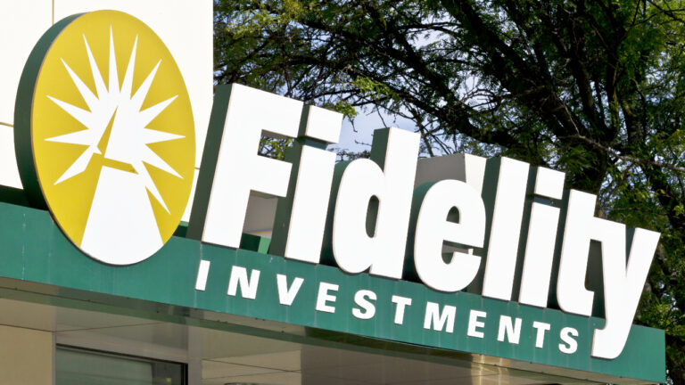 Fidelity Applies to Launch Bitcoin ETF Amid Accelerating Institutional Demand for BTC – Markets and Prices Bitcoin News