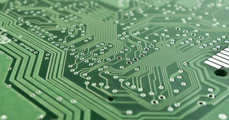Micron Technology, Inc. (NASDAQ:MU), Western Digital Corporation (NASDAQ:WDC) – 2 Chip Stocks Moving On M&A Rumors: Micron, Western Digital Technical Levels To Watch