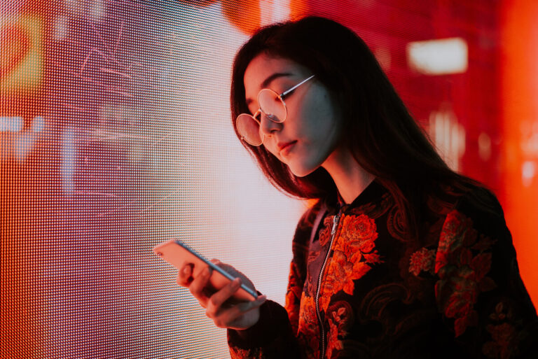 Japanese Regulator Warns Teens Who'll Soon Be Able to Buy Crypto
