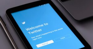 Twitter (NYSE:TWTR) – Twitter Nosedives On Q2 Guidance, Slower US DAU Growth